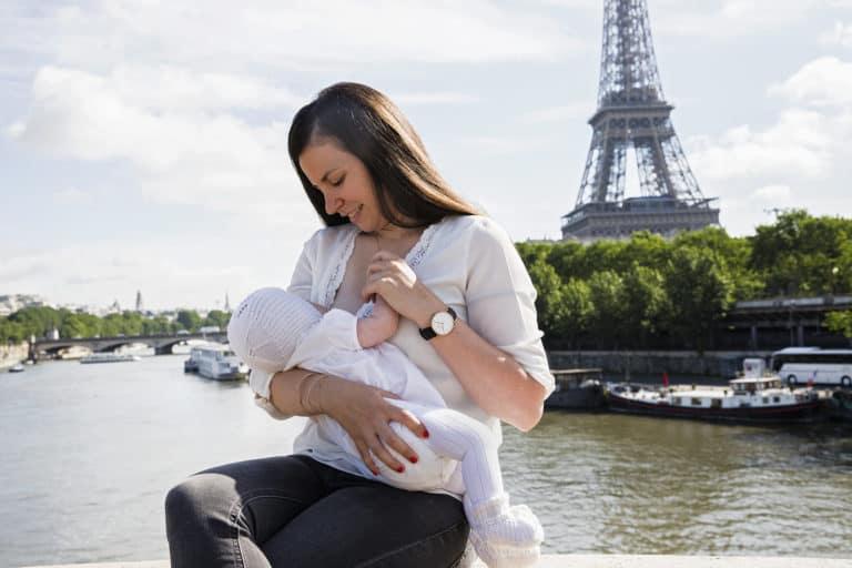 Jak przygotować się do wyjazdu z niemowlęciem – porady